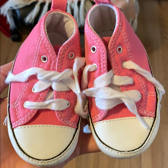 ca24972f261f Converse Other - Pink Baby Converse size 4